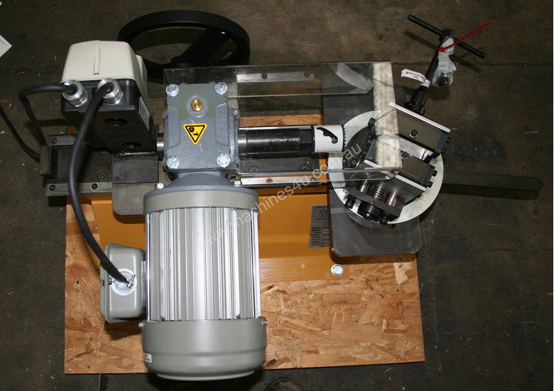 Baileigh Tube and Pipe Notcher. Model -TN-300, Notches 1/2