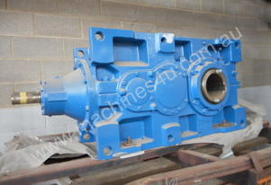 REDUCTION GEARBOX R/A - Internal