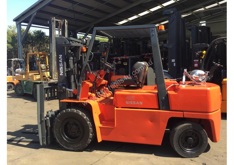 Used Nissan Bgf03a45u Counterbalance Forklift In Fairfield
