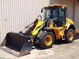 JCB 411 Loader/Tool Carrier Loader
