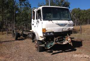 Hino truck wrecking with Ho6cte motor