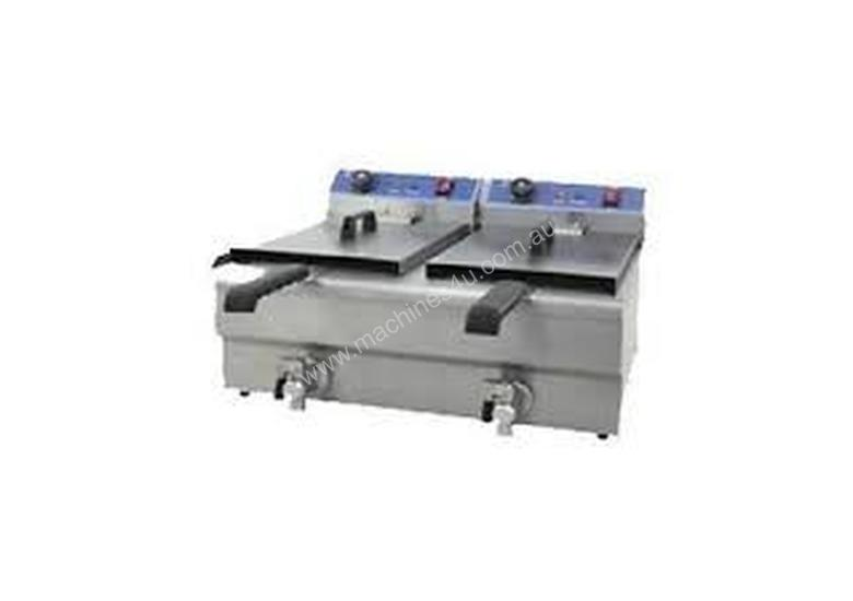 Royston double tank fryer with oil tap 20lt : FRY20LT