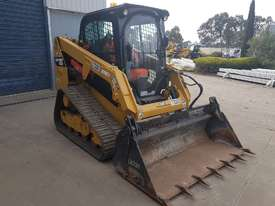 2016 cat 239d track loader with low 600 hrs - picture3' - Click to enlarge