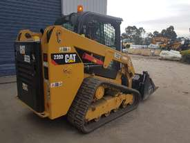 2016 cat 239d track loader with low 600 hrs - picture8' - Click to enlarge