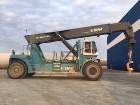 SMV 4545 80T Forklift - picture1' - Click to enlarge
