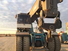 SMV 4545 80T Forklift - picture2' - Click to enlarge