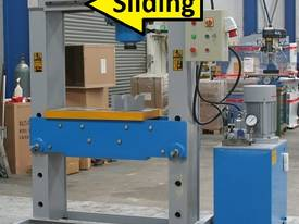 310Ton SLIDING HEAD Industrial Hydraulic Press - picture5' - Click to enlarge
