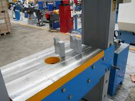 310Ton SLIDING HEAD Industrial Hydraulic Press - picture8' - Click to enlarge