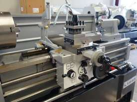 410mm Swing Centre Lathe, 58mm Spindle Bore - picture7' - Click to enlarge