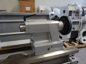 410mm Swing Centre Lathe, 58mm Spindle Bore - picture9' - Click to enlarge