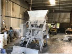 Concrete Pan Mixer - picture0' - Click to enlarge