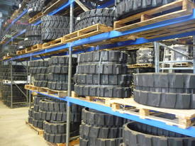 Daewoo Solar 25 - 75 Excavator Rubber Tracks - picture0' - Click to enlarge