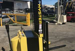 Hyster - Walk Behind Stacker - Fully Refurbished - great battery - 9 months warranty