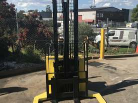 Hyster - Walk Behind Stacker - Fully Refurbished - great battery - 9 months warranty - picture6' - Click to enlarge