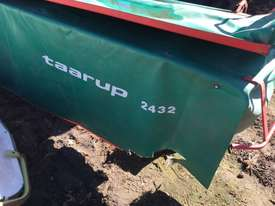 Taarup 2432 Mower Hay/Forage Equip - picture2' - Click to enlarge