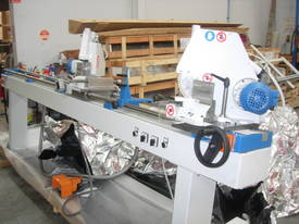 DOUBLE MITRE SAW FOR CUTTING GLAZING  BEADS - picture3' - Click to enlarge