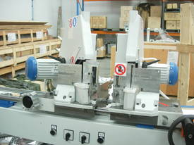 DOUBLE MITRE SAW FOR CUTTING GLAZING  BEADS - picture8' - Click to enlarge