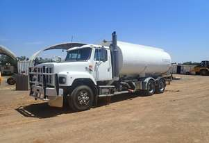 International S-Line 18000 Litre Water Truck
