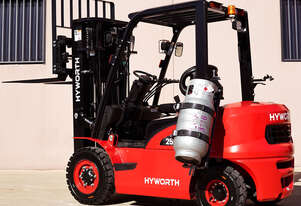HYWORTH 2.5T Gas Forklift for HIRE