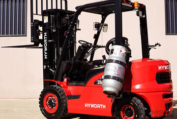 HYWORTH 2.5T Gas Forklift for