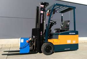 Business Class 1.5 Tonne Battery Electric Forklift in very good condition. Located in Sydney