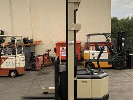 Crown Walkie Reach - 6 mtrs lift height - Great battery - Buy or Rent - picture1' - Click to enlarge