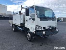 2006 Isuzu NPS300 - picture0' - Click to enlarge