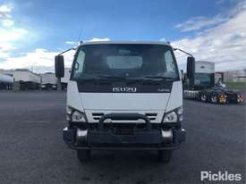 2006 Isuzu NPS300 - picture1' - Click to enlarge