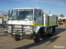 1995 Isuzu FSS500 - picture2' - Click to enlarge