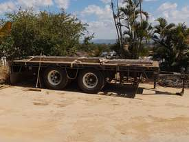 Tandem Pig Trailer - picture0' - Click to enlarge