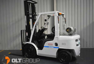 Nissan 3 Tonne Forklift LPG EFI 4500mm Lift Height Sideshift 6610 Hours 2016 Series