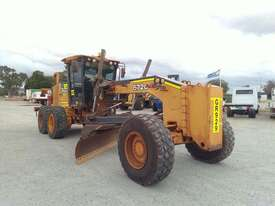 John Deere 672G - picture0' - Click to enlarge