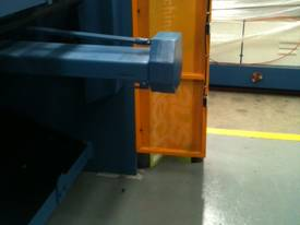 SM-SBHS3206 3200mm X 6.5mm Heavy Duty Model. - picture12' - Click to enlarge