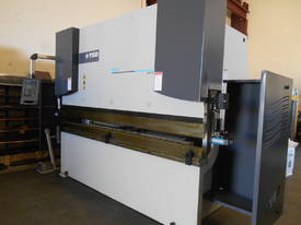 YSD HPS CNC 3050mm  X 165 TON SYNCRO 5 AXIS - picture3' - Click to enlarge