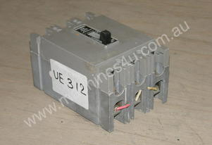 Westinghouse MFB3015 Circuit Breakers.