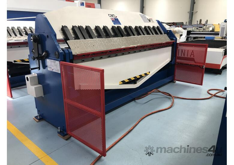 CMT 2500MM LENGTH | 4MM CAPACITY | HYDRAULIC | CNC TOUCH SCREEN CONTROLLER | PAN BRAKE
