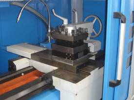 PECAK 6180A SERIES CNC LATHE - picture2' - Click to enlarge