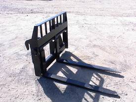 Terex Lift quick hitch forks - picture3' - Click to enlarge