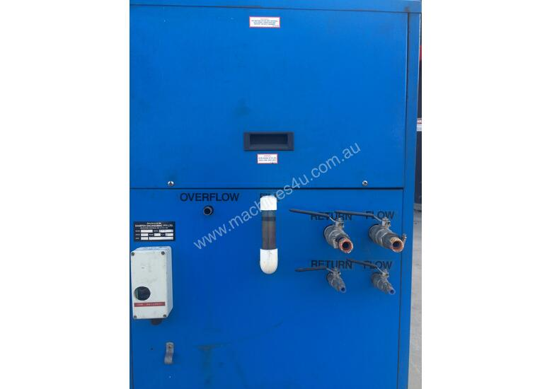 Laser process water chiller