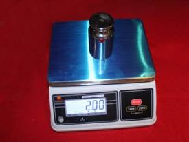 Bench Scale: Waterproof IP65 Up to 30kg - Pelican  - picture4' - Click to enlarge