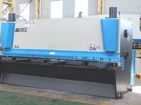 Euro Accurl MS8 High Speed CNC Guillotines - picture0' - Click to enlarge