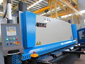 Euro Accurl MS8 High Speed CNC Guillotines - picture3' - Click to enlarge
