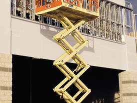 260MRT Engine Powered Scissor Lifts - picture7' - Click to enlarge