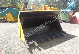Jaws Loader Bucket
