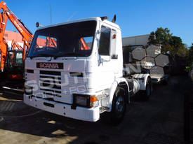 P82M 4x2 Prime mover Truck with Low Loader