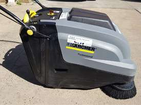 Karcher KM 75-40 W Walk Behind Sweeper - picture0' - Click to enlarge