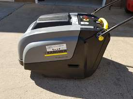 Karcher KM 75-40 W Walk Behind Sweeper - picture1' - Click to enlarge