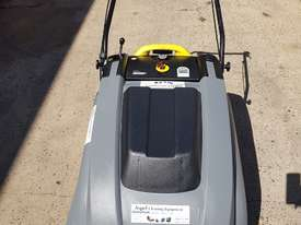 Karcher KM 75-40 W Walk Behind Sweeper - picture2' - Click to enlarge