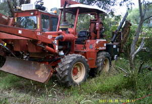 8020 turbo , trencher plow , 1999 , 1100 hrs , 4WS ,