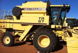 New Holland TR97 Header(Combine) Harvester/Header